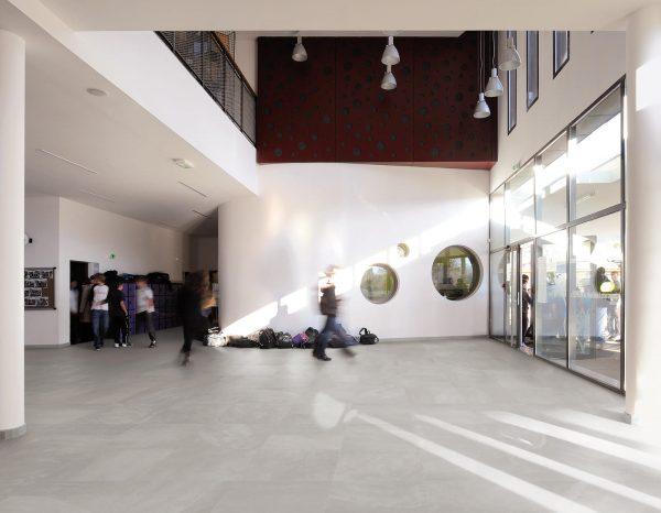 BENEDIKT TILES Ergon Architect Resin Berlin Grey 80x80 nat. rett.
