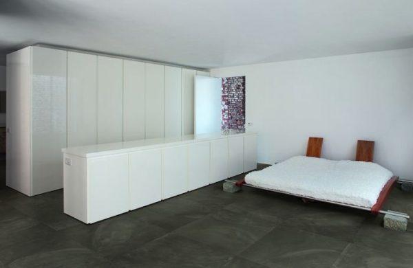 BENEDIKT TILES Ergon Architect Resin Bruxelles Black 30x30 nat. rett.